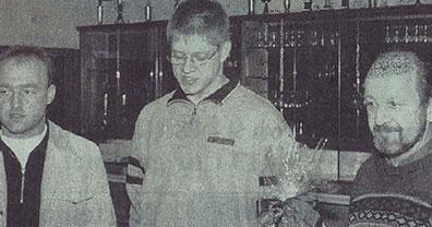 Neüe Leiter der  Sportschützen 1998 Arnold Brinker und Wolfgang Gerdes