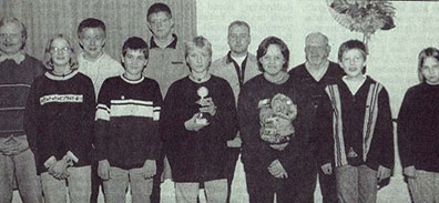 Thomas Rammler, mitte, wird Jugendscheibenkönig 1998
